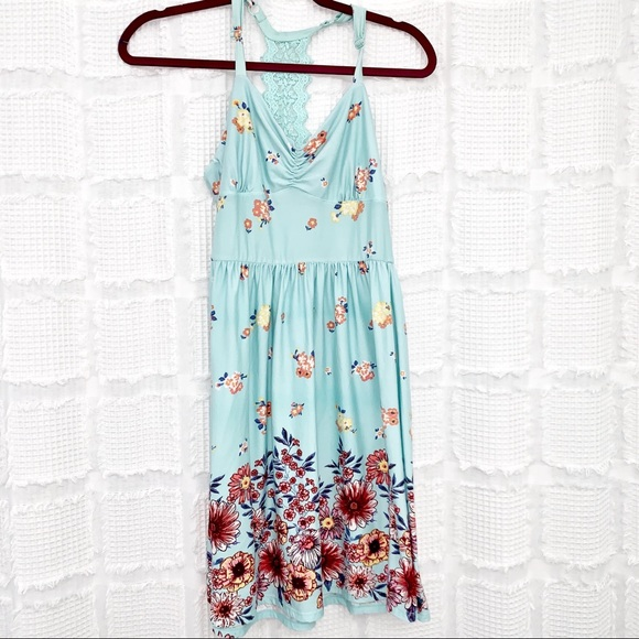 Dresses & Skirts - Boho floral racer back sun dress M